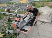 Рабочий в камнеобрабатывающий цех